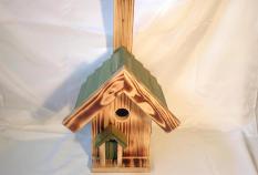 Vogelnistkasten aus Holz