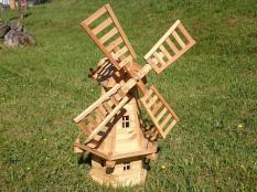 Windmühle aus Holz